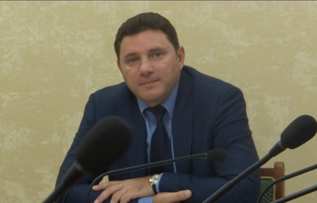 Глава Кисловодска  приехал в православную гимназию